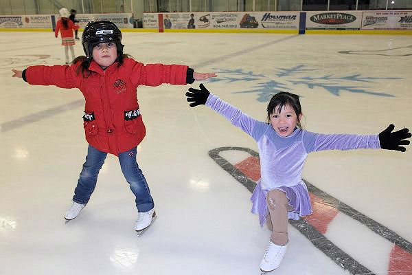 Help get your child or family member enrolled or registered in one of the SCSC skating programs